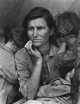 Bức ảnh nổi tiếng của Nhiếp ảnh gia Dorothea Lange về một bà mẹ di cư được coi là hình ảnh tiêu biểu cho khó khăn của người dân trong giai đoạn đại khủng hoảng. Ảnh: blogs.zdnet.com.