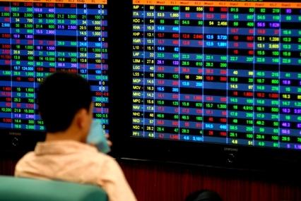 Thị trường lên điểm nhưng khối lượng giao dịch tiếp tục ở mức thấp. Ảnh: Hoàng Hà.