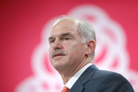 Thủ tướng George Papandreou cho biết: