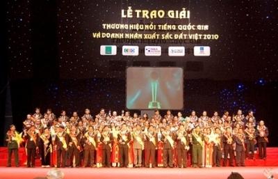 Lễ vinh danh và trao giải 'Thương hiệu nổi tiếng quốc gia 2010 được tổ chức đêm 19/9 tại Trung tâm Hội nghị Quốc gia.