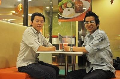 Chương làm việc tại Công ty Quảng cáo Grey Group Vietnam, vị trí Graphic Designer, còn Lộc hiện là Copywriter tại Công ty Neo Communications.