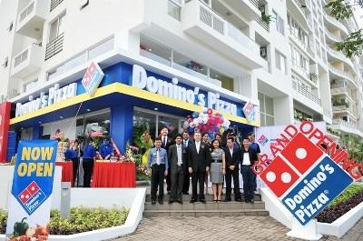 Cửa hàng đầu tiên của Dominos Pizza được đặt tại quận 7, TP HCM.