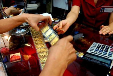 Nhiều doanh nghiệp lo ngại nghị quyết của Ngân hàng Nhà nước sẽ khó khả thi. Ảnh: Hoàng Hà