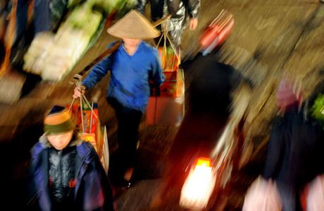 Lạm phát tại Việt Nam tác động rất lớn tới đời sống của người lao động nghèo. Ảnh minh họa: Hoàng Hà