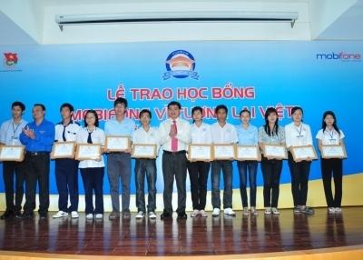 Các bạn học sinh sinh viên xuất sắc khu vực đồng bằng sông Cửu Long.