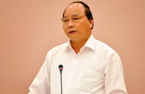 Bộ trưởng Nguyễn Xuân Phúc xác nhận việc Vinashin gặp nhiều khó khăn về nguồn tiền trả nợ. Ảnh: Nhật Minh