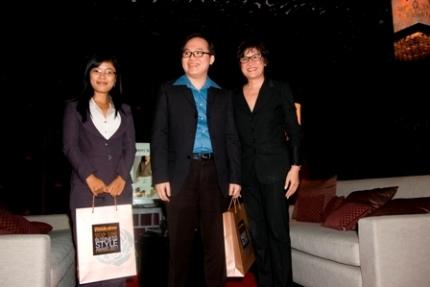 Chị Trương Thị Hoàn, doanh nhân Trần Đăng Khoa và bà Asley Ngô.