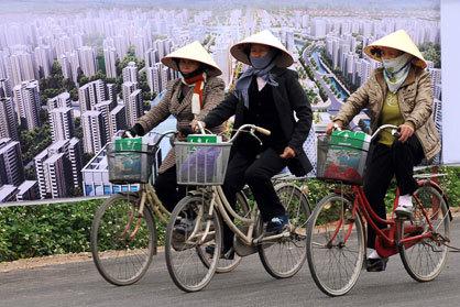 Năng lực cạnh tranh của Việt Nam không còn được đánh giá cao như năm 2010. Ảnh: Usnews