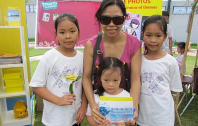 Chị Như Ái, khách hàng may mắn trúng gói nghỉ dưỡng 2 ngày tại Diamond Bay Resort Nha Trang.