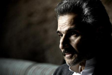 Al- Waleed bin Talal sinh năm 1955, nổi tiếng tại ẢRập XêÚt trong vai trò tỷ phú quyền lực, nhà đầu tư kỳ cựu lĩnh vực chứng khoán và bất động sản suốt 8 năm qua. Đồng thời, ông còn là thành viên hoàng gia của xứ ẢRập XêÚt, cháu trai của vua Abdullah, trị giá tài sản lên tới 21,3 tỷ USD. Công ty do Al-Waleed điều hành, Kingdom Zephyr Africa, cũng đang lên kế hoạch xây dựng tòa nhà cao nhất thế giới. Ảnh: Richlist.arabianbusiness.com.