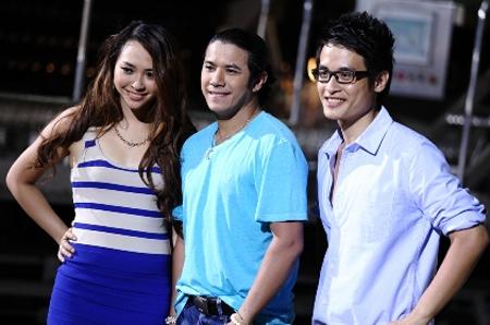 Hà Anh Tuấn, Kasim Hoàng Vũ, Kimmese xuất hiện trong video ca nhạc nói về vòng đời của chai thủy tinh trong nhà máy PepsiCo.