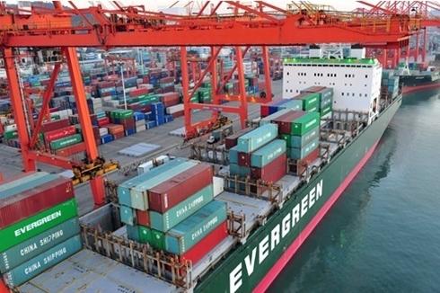 Thương mại là một trong những chiêu bài được Trung Quốc dùng để gây sức ép với các nước khác. Ảnh: China Daily