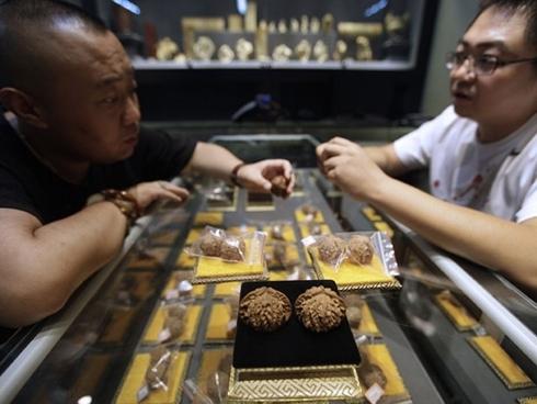 Quả óc chó đang trở thành tâm điểm của giới đầu cơ Trung Quốc. Ảnh: Financial Post