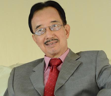 Tiến sĩ Alan Phan cho rằng không nên đầu tư trái ngành nếu không có năng lực trong lĩnh vực đó.