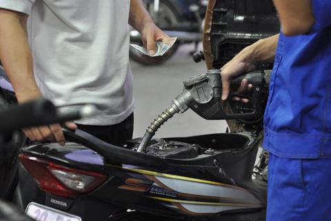 Giá xăng dầu thế giới tăng nhẹ trong giai đoạn đầu năm. Ảnh minh họa: Anh Quân