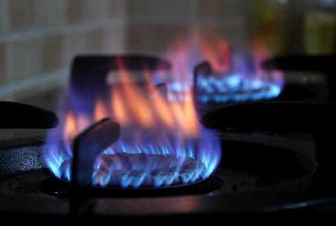 Giá gas giảm mạnh. Ảnh: Kiên Cường