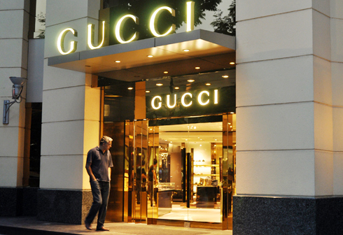 Milano Gucci Hà Nội thừa nhận sử dụng hóa đơn xoay vòng để trốn thuế. Ảnh: Anh Quân