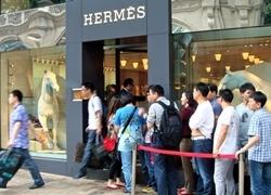 Hermes ăn nên làm ra nhờ châu Á