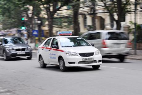 taxi-jpg_1368670237[1004090711].jpg