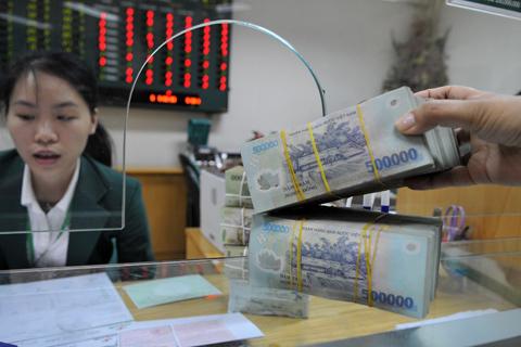 ngan-hang-1372420358_500x0.jpg
