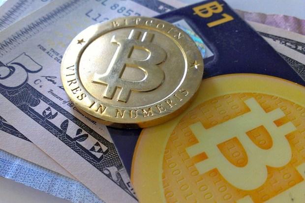 bitcoins-3-1377074229.jpg