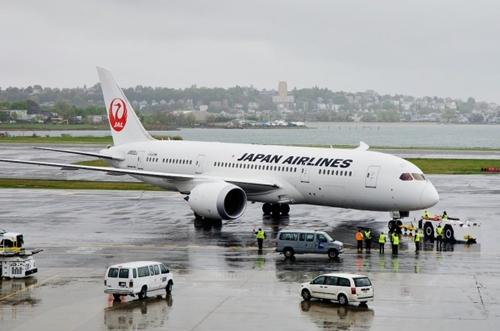 JAL-500-7683-1381395208.jpg