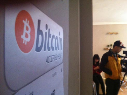Bitcoin-accepted-9974-1393640866.jpg