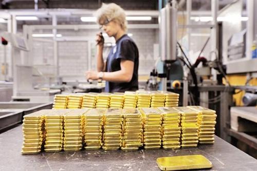 gold-bar-5407-1394067741.jpg