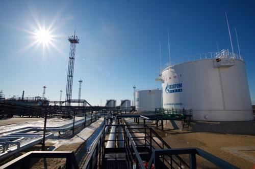 gazprom-oil-field-2971-1403686769.jpg