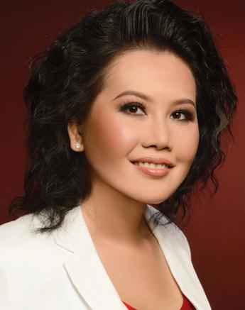 Jenny Q. Tạ là Giám đốc điều hành của Sqeeqee.com, một nền tảng cho phép các doanh nghiệp kiếm tiền từ các hoạt động truyền thông xã hội của họ.