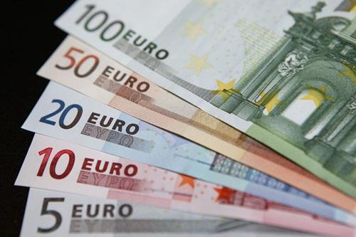 euro-7457-1420538310.jpg