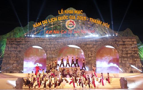 Biểu diễn nghệ thuật tại Lễ khai mạc Năm du lịch Quốc gia 2015  Thanh Hóa