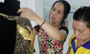 Sự ra đời của chiếc áo dài phượng hoàng 1,2 tỷ đồng