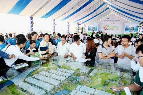 Hơn 500 khách hàng đã tham dự lễ mở bán Melosa Garden