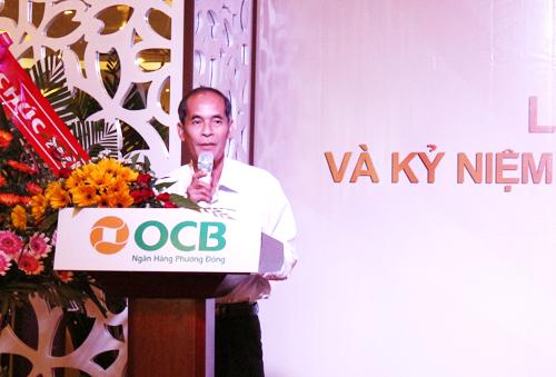 Ông Trần Vĩnh Phúc  Giám đốc NHNN Tỉnh Đắk Lắk phát biểu chúc mừng OCB PGD EaTam