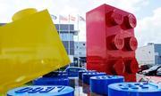 Nhà máy đồ chơi khổng lồ của Lego