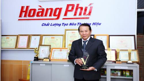 Doanh nhân Hoàng Chuẩn - Giám đốc Công ty TNHH Hạt điều Hoàng Phú.