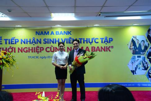 nam-a-bank-tiep-nhan-100-sinh-vien-thuc-tap-tai-hoi-so-1
