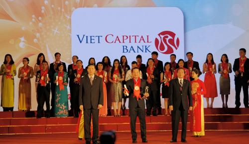 viet-capital-bank-nhan-giai-thuong-hieu-manh-viet-nam