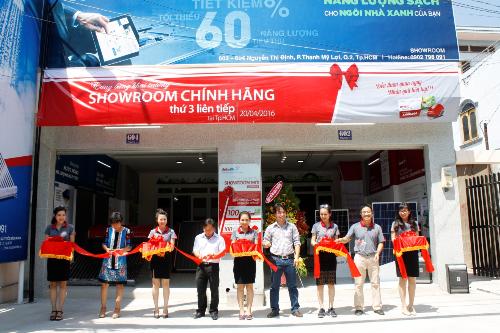 solarbk-khai-truong-showroom-thu-3-tai-tp-hcm