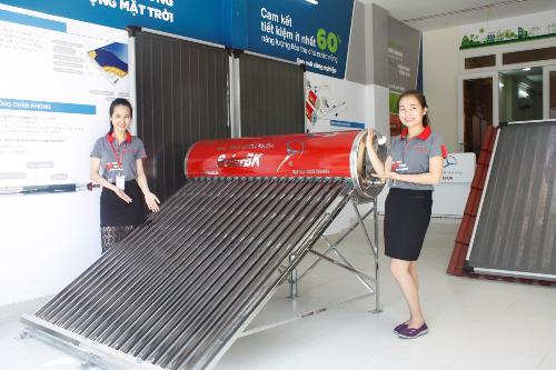solarbk-khai-truong-showroom-thu-3-tai-tp-hcm-2