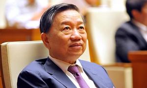 Bộ trưởng Công an bất an vì người dân giữ nhiều tiền mặt