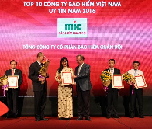 mic-lot-top-10-doanh-nghiep-bao-hiem-uy-tin
