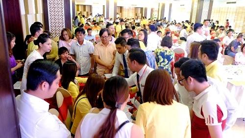 Coco Riverside City thu hút rất đông khách hàng đặt chỗ dành quyền mua dự án - Công ty Phú Gia Thịnh. Hotline: 0905 42 55 55.