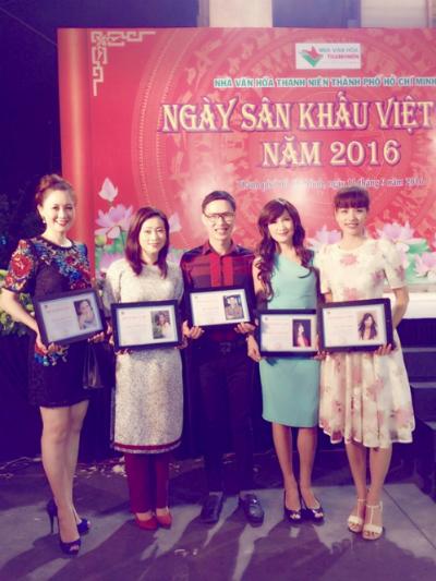 a-hau-bang-chau-duoc-tuyen-duong-nhan-ngay-san-khau-viet-nam-3