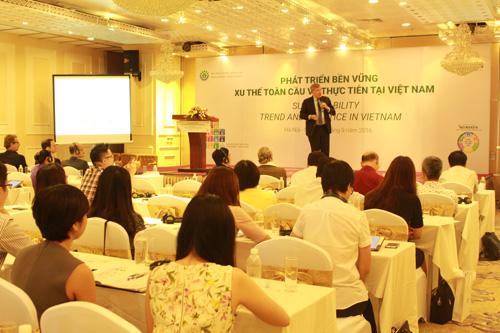 Lãnh đao HVBL chia sẻ tại hội nghị về phát triển bền vững vừa diễn ra tại Hà Nội.