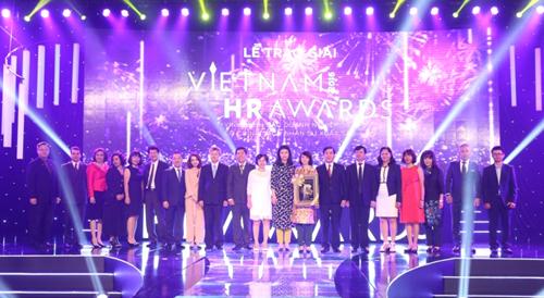 Các Doanh nghiệp đạt giải bao gồm: BAT Việt Nam, CSC Việt Nam, FPT, HSBC Việt Nam, IBM Việt Nam, Nestlé Việt Nam, Novaland, Techcombank, Thế giới di động, Unilever Việt Nam