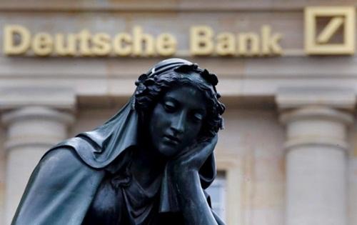 co-phieu-deutsche-bank-xuong-thap-ky-luc