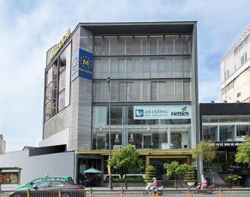 An Cường One-Stop Shopping Center được đánh giá là một trong những trung tâm trưng bày, mua sắm vật liệu và phụ kiện nội thất hàng đầu tại TP HCM.