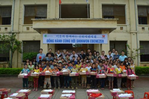 hoat-dong-xa-hoi-cua-tap-doan-shinwon-ebenezer-tai-viet-nam-1